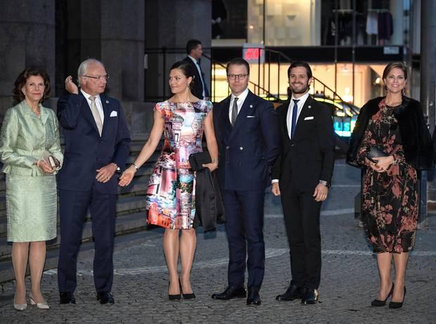 12. September 2017  Nachdem das Tagesprogramm erledigt ist, geht die königliche Familie gemeinsam ins Konzert anlässlich der Eröffnung des Parlaments.
