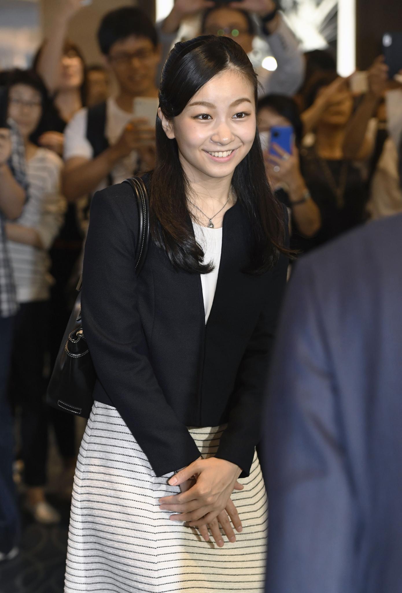 Prinzessin Kako bei ihrer Abreise aus Japan am 12. September 2017. Künftig wird sie in England studieren