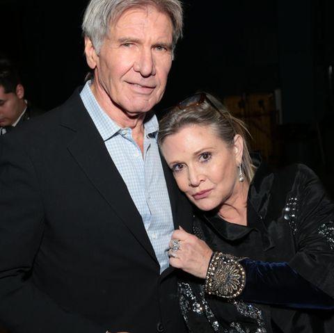 """Harrison Ford und Carrie Fisher (†), die Stars aus der """"Krieg der Sterne""""-Reihe, kamen sich in den 1970ern während Dreharbeiten näher"""