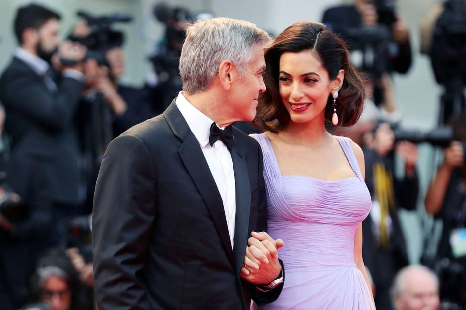 george amal clooney so feierten sie amals 40 geburtstag. Black Bedroom Furniture Sets. Home Design Ideas