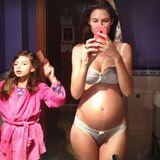 Ob nun schwanger oder nicht: Model Bianca Balti sieht einfach toll aus.