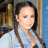 Aufwendig, aber eindrucksvoll! Boxer-Braids sind für Langhaarige wie Demi Lovato eine tolle Styling-Variante.