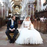 Erbprinz Ferdinand zu Leiningen und Viktoria Luise Prinzessin von Preußen werden in der Fürstlichen Abteikirche in Amorbach kirchlich getraut.