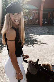17. September 2017  Gruß aus dem Wochenendausflug: Michelle Hunziker schenkt ihren Fans ihr fröhlichstes Sonntagslächeln.