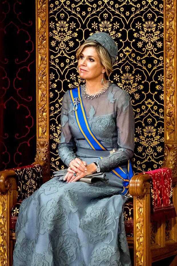 """Am """"Prinsjesdag"""" wird traditionell das parlamentarische Sitzungsjahr in den Niederlanden eröffnet. Königin Máxima gleicht in ihrem königlichen Gewand einem Gemälde."""