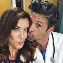 """27. September 2017  Im """"TV Doctor""""-Fieber sind auch Kate Walsh und Patrick Dempsey, die bis vor einigen Jahren ebenfalls bei """"Grey's Anatomy"""" mitspielten. Bei dem Anblick dieses Selfies fragen sich nun alle: """"Gibt es ein gemeinsames Comeback?"""""""