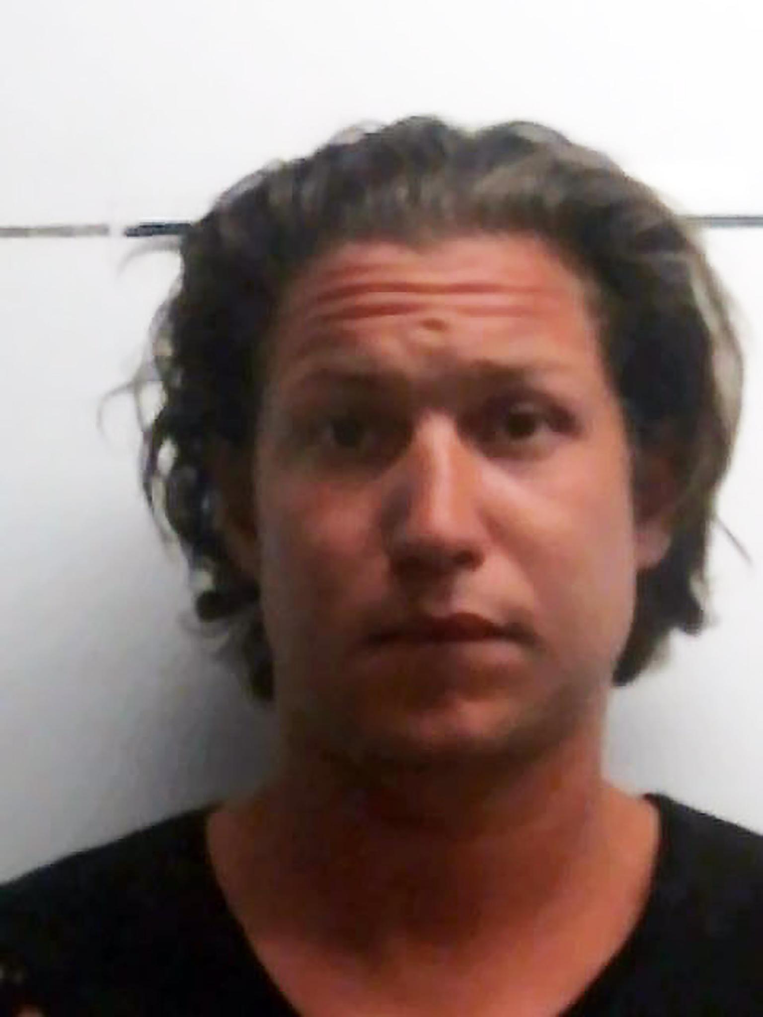 Dieses Foto zeigt Vito Schnabel nach der Verhaftung