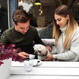 28. September 2017  Mario Götze und Ann-Kathrin Brömmel geben auf Instagram nicht nur ein supersüßes Paar sondern auch eine niedliche Kleinfamilie ab. Zusammen mit ihrem Hündchen geben sie ein entzückendes Dreiergespann ab.