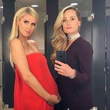 Liebevoll hält Nicky Hilton ihre Babykugel mit beiden Händen fest. Die Schwangerschaft steht der baldigen Zweifach-Mama ausgezeichnet.