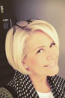 Claudia Effenberg präsentiert sich seit kurzer Zeit mit einem Bob. Nachdem sie jahrelang einen Kurzhaarschnitt getragen hat, entschied sie sich jetzt offenbar dazu, ihre Haare wachsen zu lassen - und das steht ihr super!