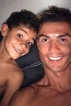 Cristiano Ronaldo + Kids: Der größte Titel seines Lebens: PAPA!