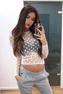 """Ist dieser Umstandsmoden-Look etwa zu sexy? Hanna Weig, die Verlobte von """"GZSZ""""-Star Jörn Schlönvoigt, präsentiert ihre schöne Babkugel gerne in freizügigen Outfits. Ihren Instagram-Followern scheint es zu gefallen: """"Wow, du siehst wunderschön aus"""", lautet einer der vielen positiven Kommentare. Wieso sollte sich die 21-Jährige auch verhüllen?"""