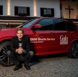 Schauspieler Thomas Heinze freute sich über die entspannte Anfahrt mit dem sportlichen BMW X5M.