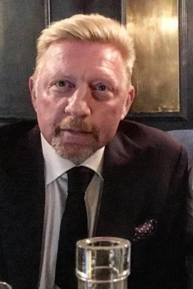 """12. Oktober 2017  """"Einer meiner absoluten Lieblingsschauspieler"""", postet Boris Becker über Idris Elba. Was die beiden gemein haben? Sie wollen helfen! Die Tennislegende unterstützt den Darsteller bei einer Charityaktion in London aus."""