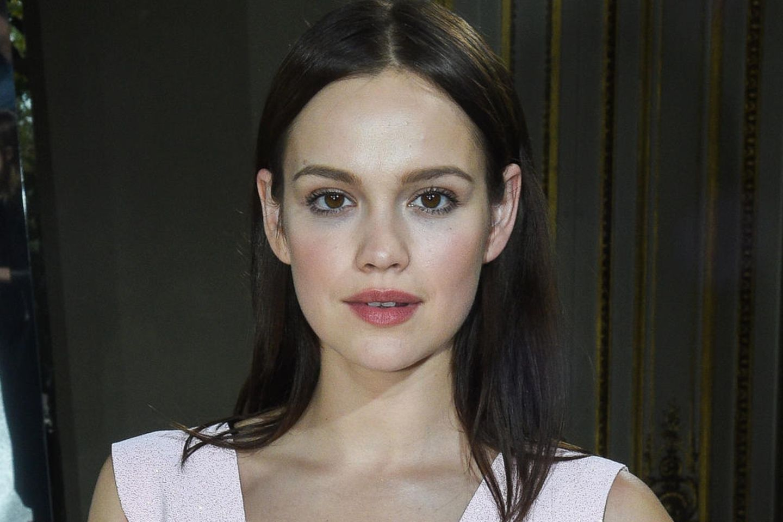 Emilia Schüle