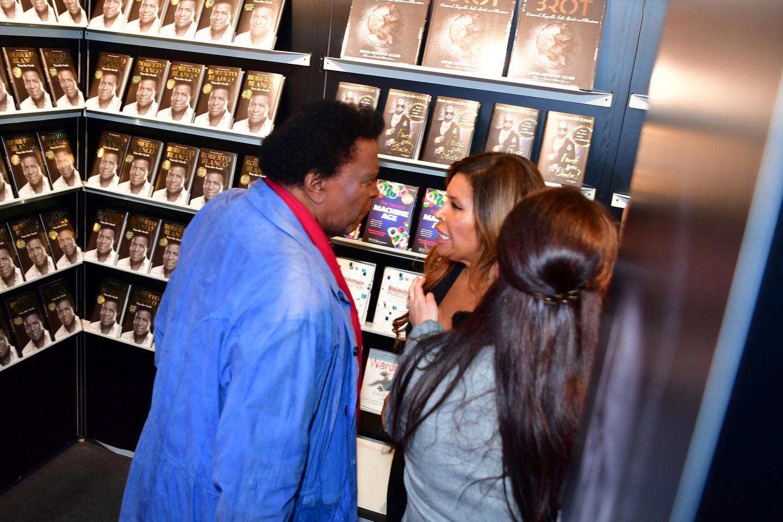 Roberto Blanco und Tochter Patricia diskutieren