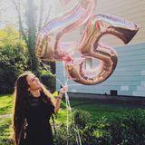 Happy Birthay Sarah Lombardi! Die Sängerin wird heute 25 Jahre jung und hat sich für ihren großen Tag ganz schön in Schale geworfen. Denn ihr Kleid hat es in sich ...