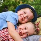 12. Oktober 2017  Neil Patrick Harris postet ein unfassbar süßes Foto seiner Adoptivkinder Gideon und Harper. Die Zwerge haben ihren 7. Geburtstag gefeiert.