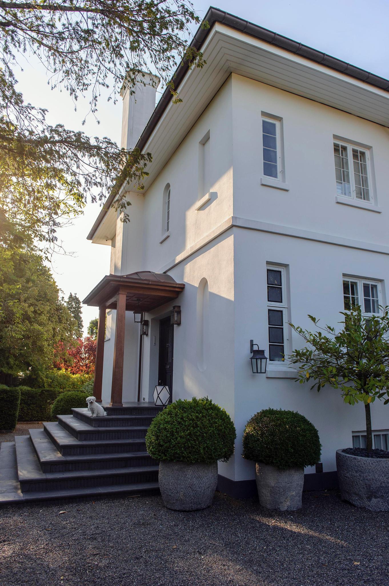 Prinz Joachim und seine Familie leben in einer Villa in Klampenborg, nördlich von Kopenhagen.