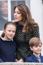 Prinz Frederik, Prinzessin Mary mit ihren Kindern Isabella, Christian (l.) und Vincent