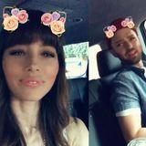 19. Oktober 2017  ... Auf ihren Instagram-Accounts teilt das Paar süße Liebesbotschaften miteinander und zeigt wir glücklich und dankbar sie für diese Liebe sind.