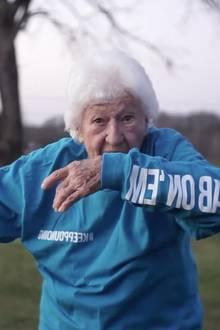 Fit im Alter: Senioren sollen zu mehr Bewegung angehalten werden