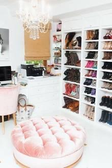 Begehbarer kleiderschrank stars  Star-Bloggerin Leandra Medine: Im Kleiderschrank von