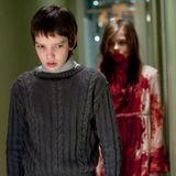 """Um diese gruselige Göre sollte man lieber einen großen Bogen machen: In """"Let me in"""" tötet """"Abby"""" (Chloe Moretz) Menschen und trinkt ihr Blut."""