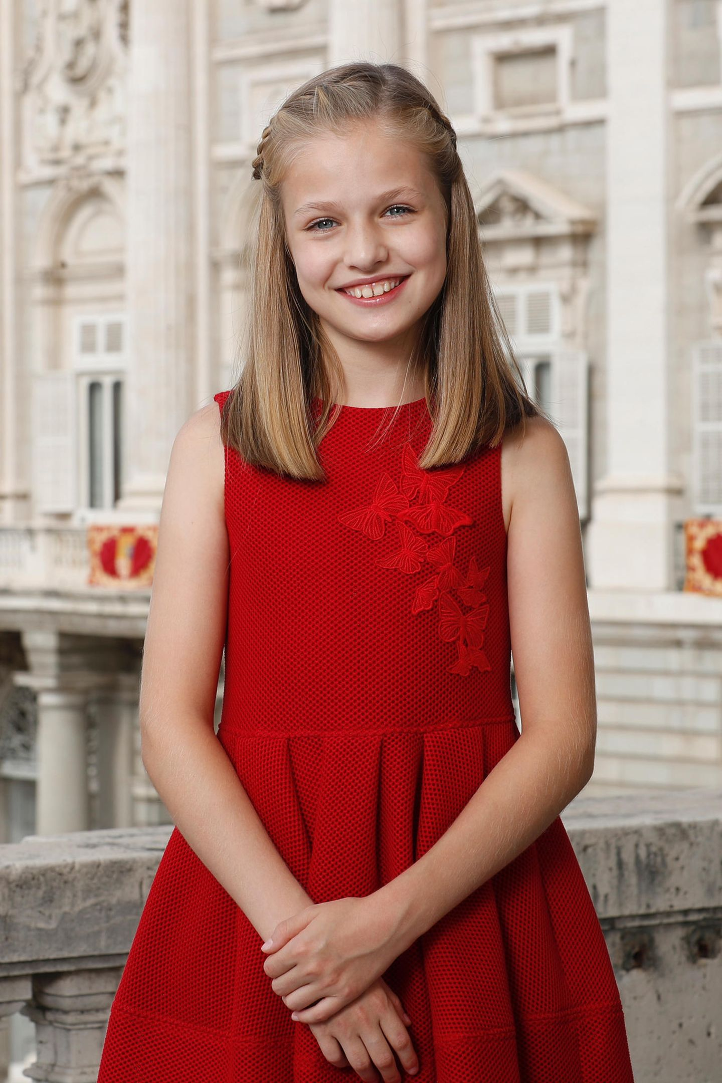 31. Oktober 2017  Prinzessin Leonor von Spanien ist 12 Jahre alt geworden: Grund genug, um dieses hübsche offizielle Porträt zu veröffentlichen. Herzlichen Glückwunsch, Prinzessin!
