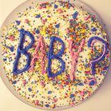 4. November 2017  Für die Verkündung des Geschlechts des ungeborenen Babys hat sich Hilaria Baldwin etwas ganz besonderes einfallen lassen. Eine Torte soll das Geheimnis lüften.