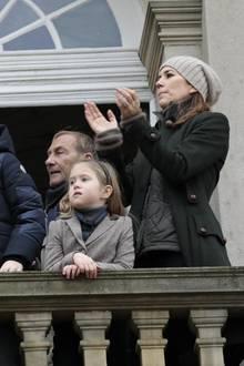 Kronprinzessin Mary und die Kinder Prinz Christian, Prinzessin Isabella und die Zwillinge Prinz Vincent und Prinzessin Josephine