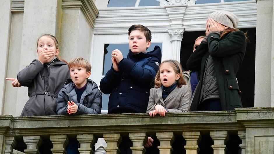 Prinzessin Mary mit ihren Kindern Isabella, Vincent, Christian und Josephine