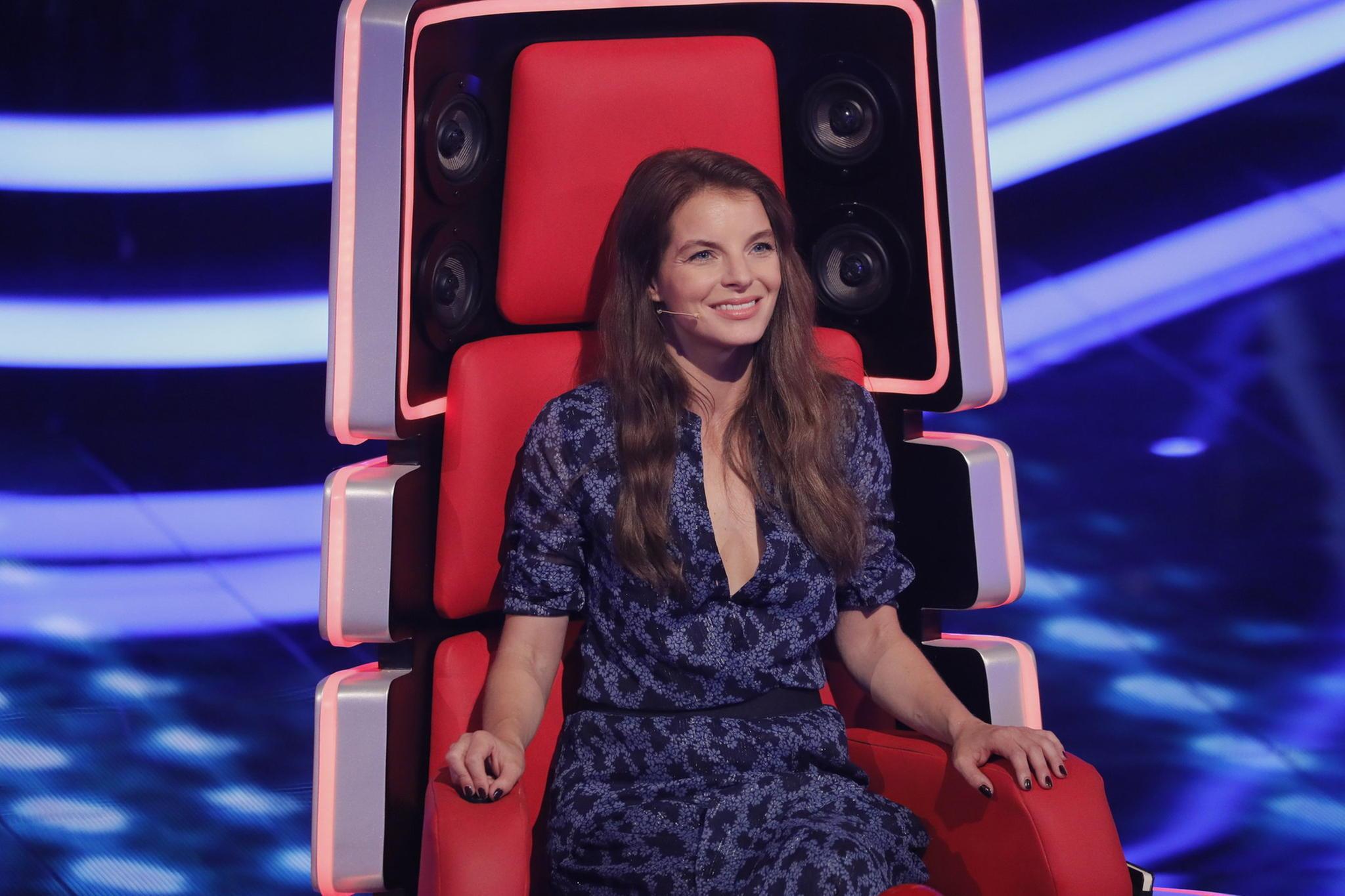 The Voice 2017: Yvonne Catterfeld holt Kandidat Julien