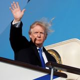 10. November 2017  Nächster Halt: Đà Nẵng! Donald Trump - und seine Frisur - winken Peking zum Abschied zu, bevor die Reise weiter nach Vietnam geht.