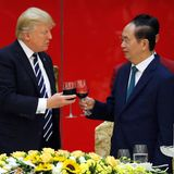 11. November 2017  Staatsbankett in Hanoi: US-Präsident Trump und Vietnams Präsident Tran Dai Quang stoßen an.