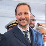 Lange hielt der bartlose Zustand bei Haakon nicht: Sechs Tage nach der Rasur sieht man schon, dass die Haare wieder wachsen dürfen.