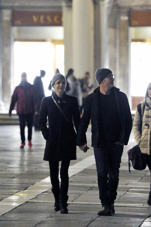Hand in Hand ins neue Glück: Anna Faris und Michal Barrett