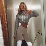 Einen Tag bevor es nach Shanghai geht, bringt sich Elsa Hosk ein letztes Mal in Form. Sie postet ein After-Workout-Foto auf Instagram, das ihre extrem schmale Taille zeigt.