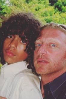 """14. November 2017  """"Mein Erstgeborener zehn Jahre her"""", postet Boris Becker zu seinem Erinnerungsfoto mit Sohn Noah."""