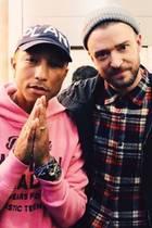 """Pharrell Williams und Justin Timberlake  Justin beschreibt die Beziehung dieser zwei Musik-Genies knapp und deutlich: """"Mein Bruder!"""""""