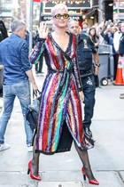 Dieser verspielte Glamour-Look hat Katy Perry wohl gefallen, sie zeigte sich damit im Oktober 2017 in New York.
