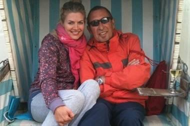 Auch wenn ihr Vater bereits im Jahr 2011 verstorben ist: Schauspielerin Nina Bott lässt es sich nicht nehmen ihrem Papa Günther Bott mit einem liebevollen Foto zum Geburtstag zu gratulieren.