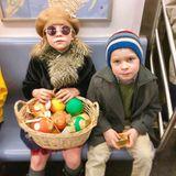 Mit der U-Bahn machen sich Neil Patrick Harris und seine Zwillinge auf zum Thanksgiving-Dinner.