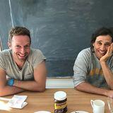 26. November 2017  So funktioniert Patchwork: Auf Instagram teilt Gwyneth Paltrow diesen Schnappschuss. Er zeigt ihren Ex-Mann Chris Martin und ihren Verlobten Brad Falchuk gemeinsam lachend am Küchentisch. Die Schauspielerin versieht das Bild mi dem Hashtag #modernfamily.