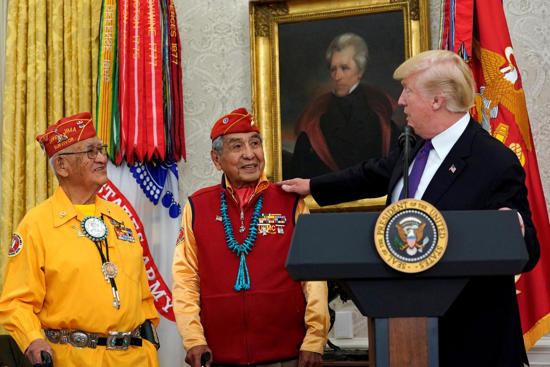 Donald Trump ehrt am 27. November 2017 Navajo-Veteranen im Weißen Haus - inklusive verbale Entgleisung
