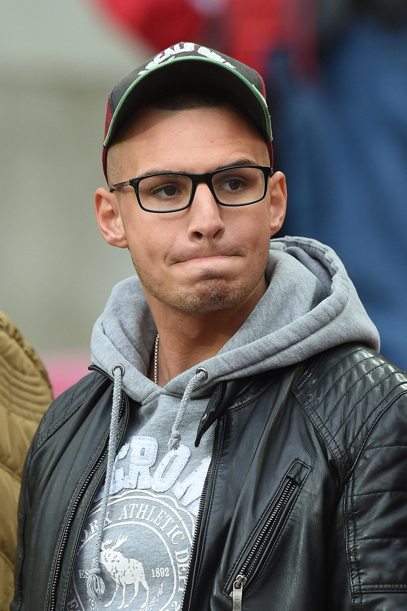 Pietro Lombardi Neuer Frisur Verzückt Die Fans Galade