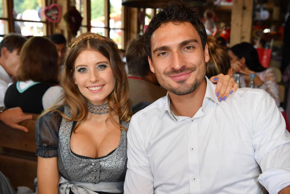 Mats Hummels Wife, Height, Weight, Body Stats, Biography