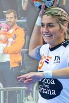 Estavana Polman ist wieder am Ball und hat ihren süßesten Fan mitgebracht!