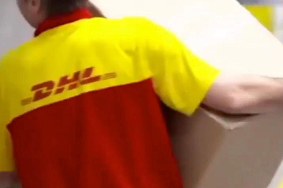 DHL Mitarbeiter