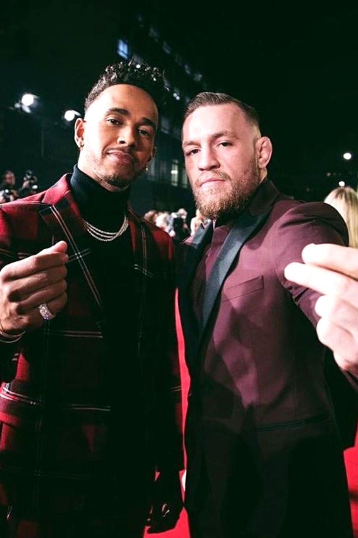 """Lewis Hamilton und Conor McGregor  Sie sind Giganten ihrer jeweiligen Sportart und Freunde: Lewis Hamilton, aktueller """"Formel 1""""-Weltmeister und Conor McGregor, amtierender UFC Lightweight Champion."""